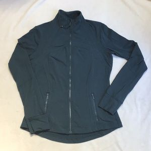 Lululemon Full Sleeve Zip in Spruce Green EUC